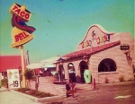 Remember walking across the street from Huntington Beach to a Taco Bell that looked just like this?